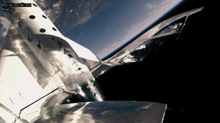 De VSS Unity van Virgin Galactic vrijdag buiten de dampkring. Beeld EPA