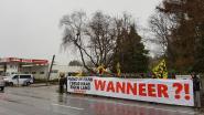 Vlaams Belang en Voorpost voeren actie aan Parelstrand, waar opnieuw asielzoekers wonen
