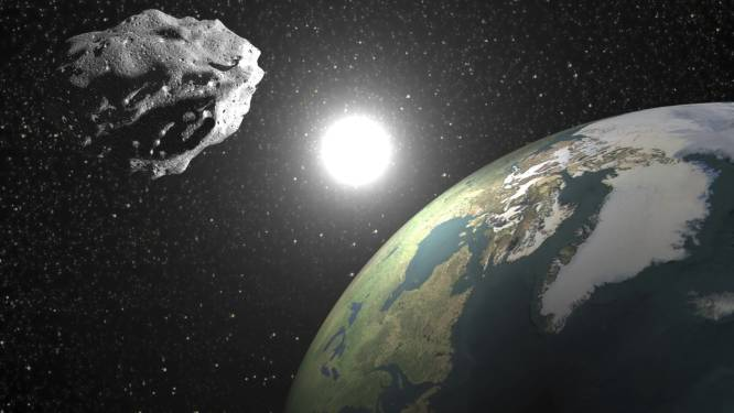 Grote planetoïde scheert vlak langs Aarde