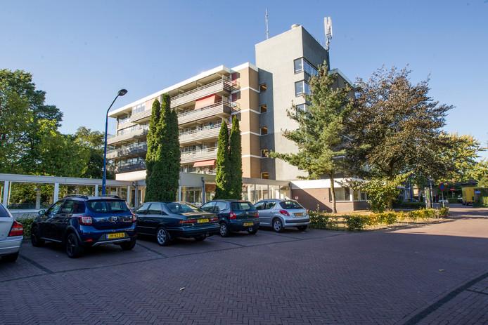 Voormalig verpleegtehuis 't Laar in Aalst gaat flink op de schop. De deuren gaan de komende jaren weer open met vijftig tot tachtig verpleegplekken (archieffoto).