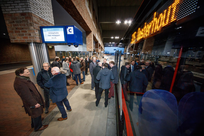 Het busstation op Breda Centraal