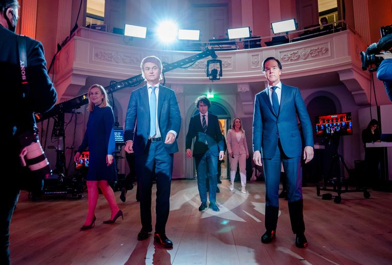 (Vlnr.) Sigrid Kaag (D66), Geert Wilders (PVV),  Jesse Klaver, Lilian Marijnissen (SP) en Mark Rutte (VVD) voorafgaand aan het RTL Verkiezingsdebat.  Beeld ANP