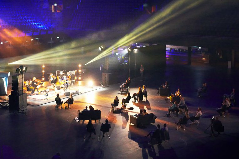 Een optreden van Danny Vera in de Ziggo Dome tijdens corona voor slechts dertig fans. Beeld Daniel Cohen