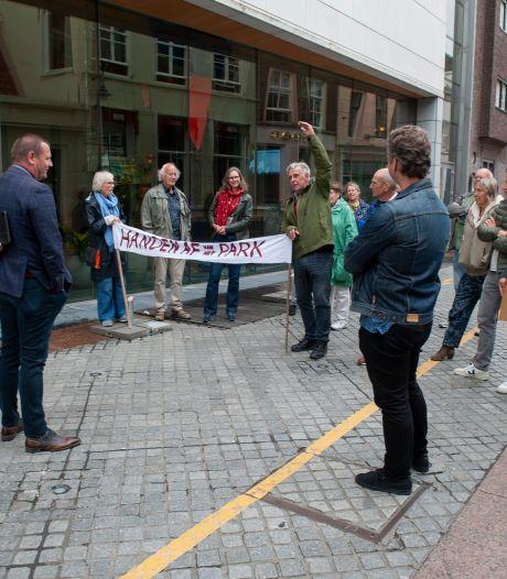 Van een jong bos naar een petitie en een oproep en harde kritiek: 'Bouw niet in het Prins Hendrikpark'