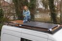Van Kaathoven was de bus in maart nog op duurzame wijze aan het ombouwen tot camper.