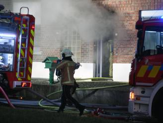 VIDEO Zware brand na explosie in garage