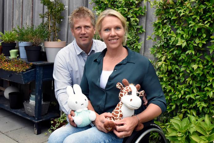 De Woerdense rolstoeltennisster Esther Vergeer (38) en haar partner Marijn, begin vorige maand.