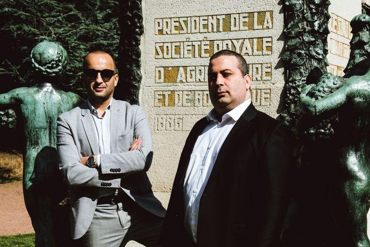 Abderrahim (l.) en Ismail Lahlali: 'Wij waren vroeger echte straatjongens.' Beeld Francis Vanhee