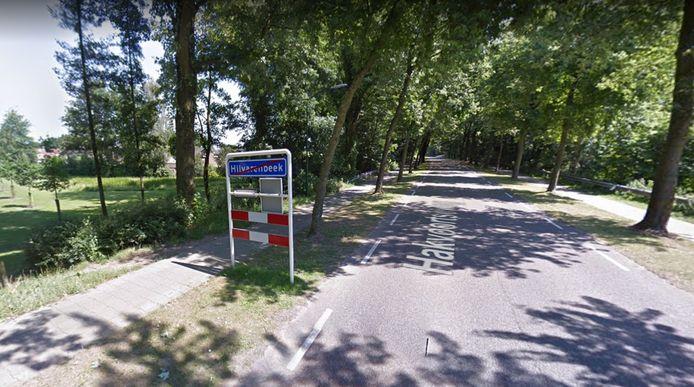 De Hakvoortseweg met links de lager gelegen Vinkenslag, waar de rooiwerkzaamheden plaatsvonden.