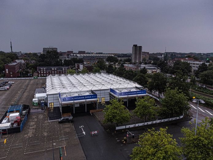 Het XL-testpaviljoen is bij het Zwolse college van burgemeester en wethouders even in beeld geweest voor noodopvang van vluchtelingen.
