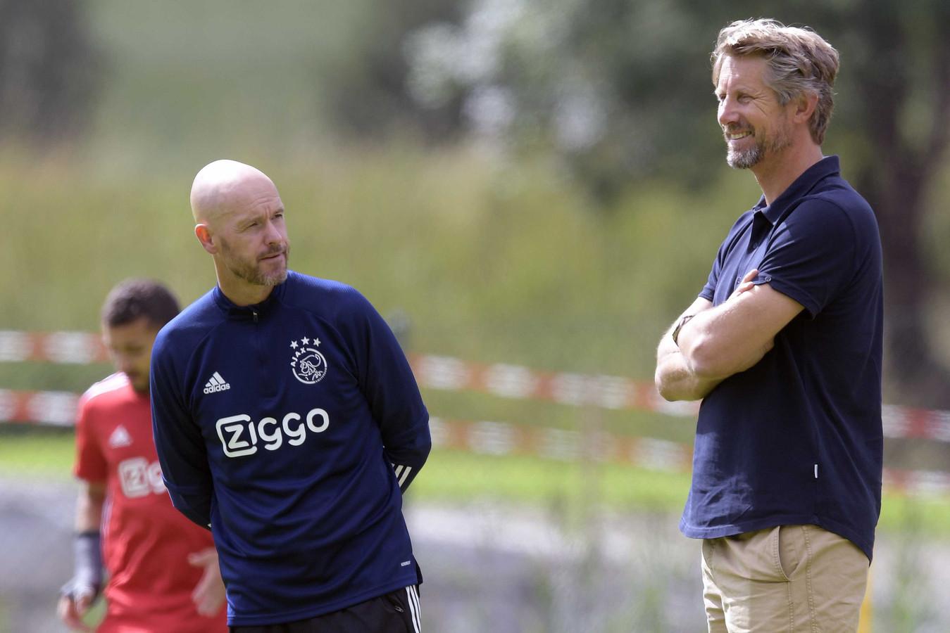 Erik ten Hag en directeur Edwin van der Sar.