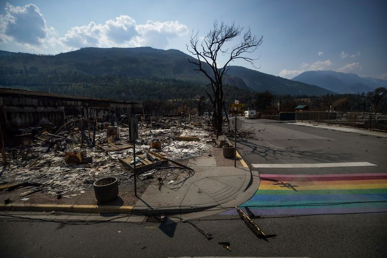 Lytton, nadat een bosbrand het grootste deel van het dorp op 30 juni verwoestte. Beeld AP