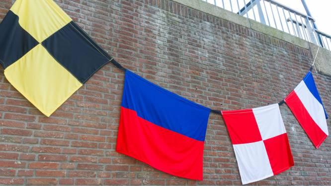 186 vlaggen en een speurtocht als afscheid van sluishuisjes bij Zuid-Willemsvaart