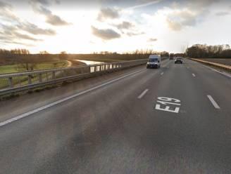 """Betonherstellingen aan E19-brug over Beneden-Nete in Rumst: """"Impact op het verkeer tijdens werken is nihil"""""""