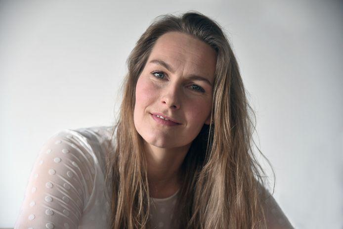 """Caroliene van den Bosse: ,,Ik probeer een goede start van het rouwproces te geven."""""""