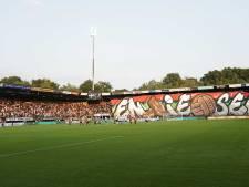 FC Utrecht op bezoek bij promovendus NEC