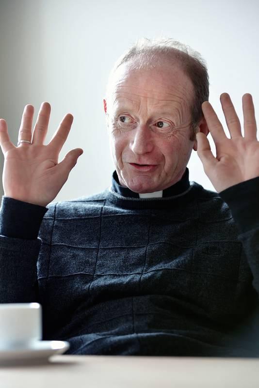Pastoor Ronald van Bronswijk.