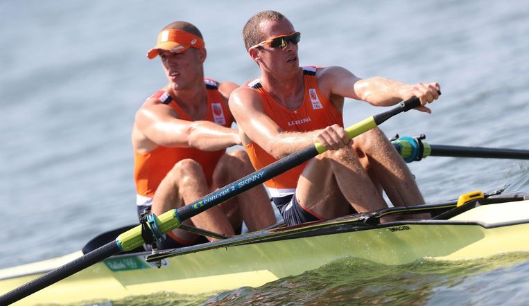Roel Braas en Mitchel Steenman in Rio. Beeld epa