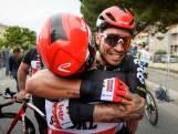 Herbeleef hoe Caleb Ewan tweede spurt won in deze Giro