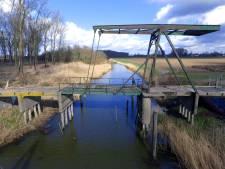 Restauratie een brug te ver voor Altena, maar: 'Straks ligt hij er weer keurig groen bij'