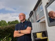 Leo (73) werkt nog steeds en is van alle markten thuis: 'Na vijf minuten praten werd ik controleur hondenbelasting'