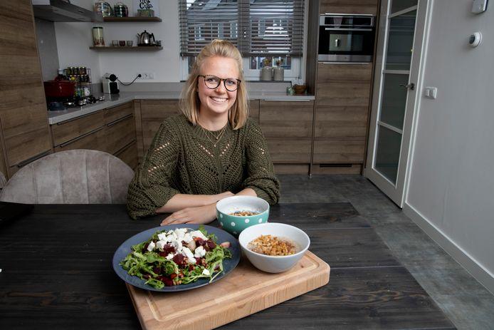 """Voedingsconsulent Susan van de Sande: ,,Iets wat in de grond groeit, kan niet heel slecht voor je zijn."""""""