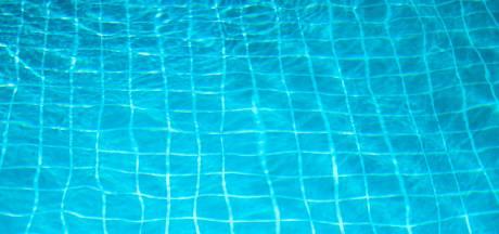 Groep overlastgevers uit zwembad in Driebergen gezet