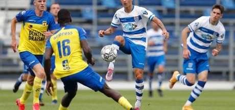 Prachtige goal Reijnders trekt de aandacht bij nipte oefenzege PEC Zwolle