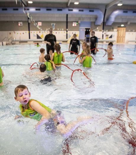 Zwembaddrama Borne duurt voort: 'Heropening gaat nog zeker een week duren'