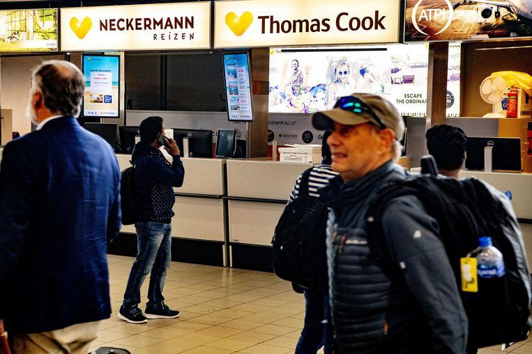 De Neckerman/Thomas Cook balie op Schiphol is gesloten.