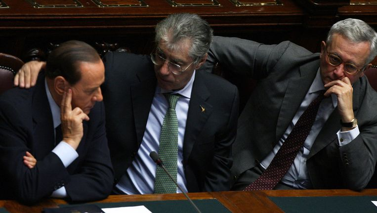 Berlusconi, Bossi, en minister van Financiën Tremonti. Beeld getty
