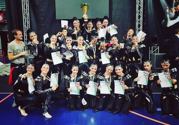 De groep Black Spirit won in Italië voor de tweede keer het Europees Kampioenschap discodansen.