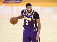 Lakers geven wedstrijd uit handen na geblesseerd uitvallen Davis