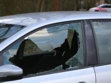 Arrestatieteam schiet bij aanhoudingen in Cromvoirt, verdachte in zaak 'internetdating' raakt lichtgewond