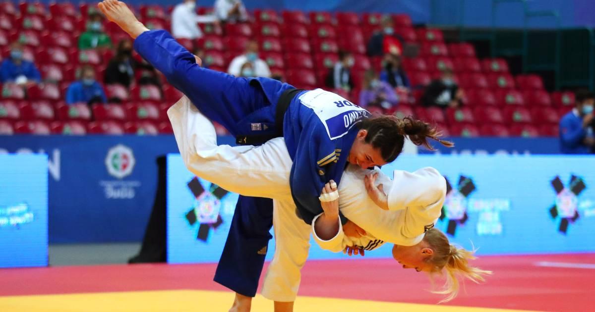 Polling en Van Dijke overtuigend naar laatste vier op EK judo