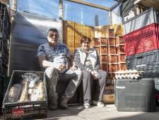 René uit Vriezenveen begon na 'bak ellende' met eigen voedselbank: 'Alles bij elkaar is het te veel geweest'