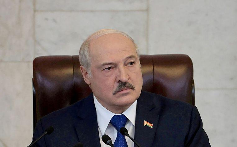 De Wit-Russische president Aleksandr Loekasjenko tijdens een toespraak in mei in de hoofdstad Minsk. Beeld Reuters