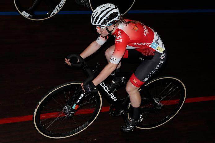 Lani Wittevrongel reed vrijdag haar eerste wedstrijden op de piste en werd tweede in de scratch en vierde in de puntenkoers.