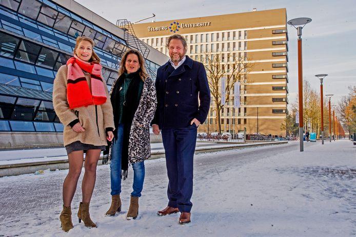 Margot Joosen , Corina Roelands en Ronald van den Boom zijn de initiatiefnemers van de campagne en pleiten voor meer onderzoek naar de gevolgen voor mensen die van kanker zijn genezen.