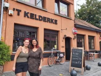 """Anneke (50) neemt bekend café 't Kelderke over: """"Horecamicrobe begon weer te kriebelen"""""""
