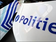 Une voiture percute deux véhicules de police lors d'une poursuite à Hasselt