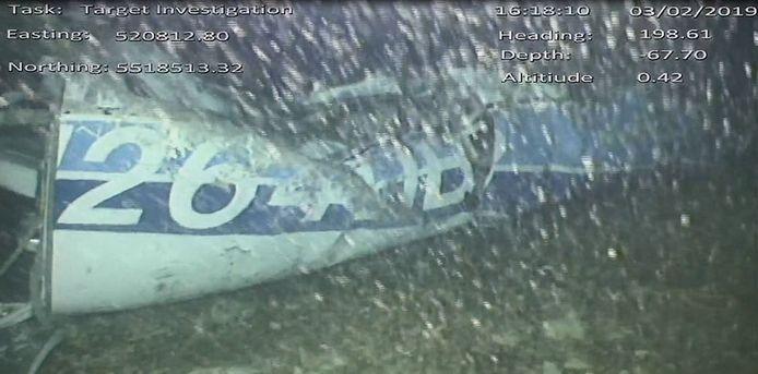 Het vliegtuig waarin Sala neerstortte werd na een dagenlange zoekactie uiteindelijk gevonden op de bodem van Het Kanaal.