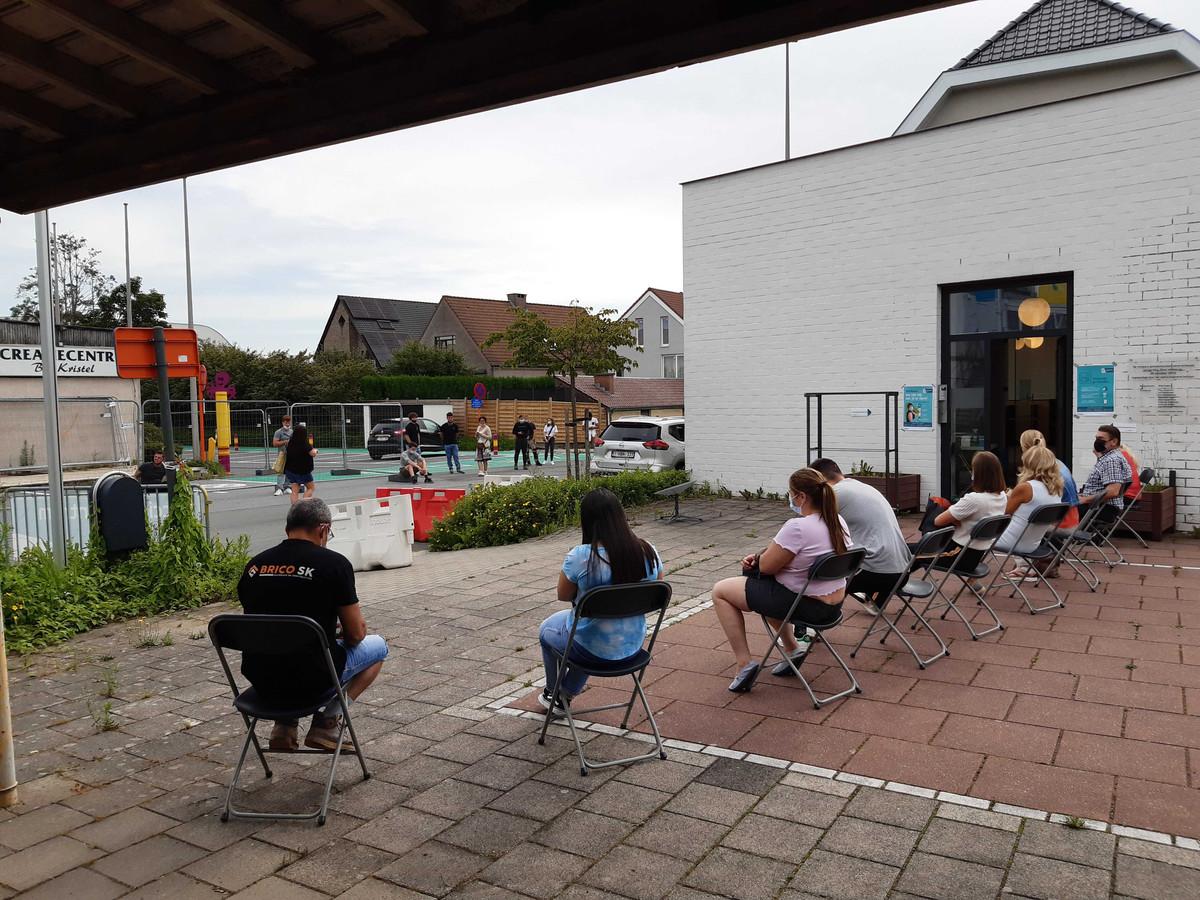 Een beeld van het pop-upvaccinatiecentrum in Itterbeek.