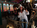 Wendy Van Wanten en dochter Estelle waren bij de eersten om de nieuwe attractie te testen.