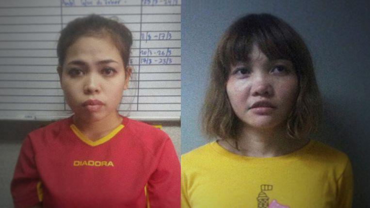 Politiefoto's van de moordverdachten Siti Aisyah en Doan Thi Huong in 'Assassins'. Beeld