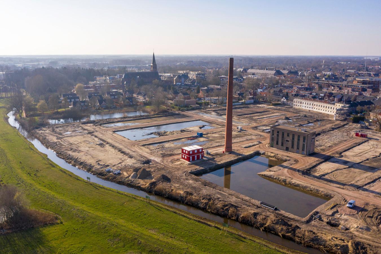Het voormalige fabrieksterrein Van Besouw in Goirle. Voorlopig wordt er niet gebouwd.