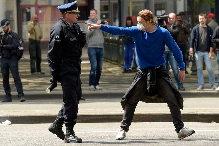 De vakbonden roepen op tot betere, diepere en bredere registratie van geweld tegen de politie. Beeld Photo News