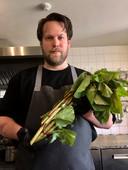 Remco van Erp in zijn keuken.