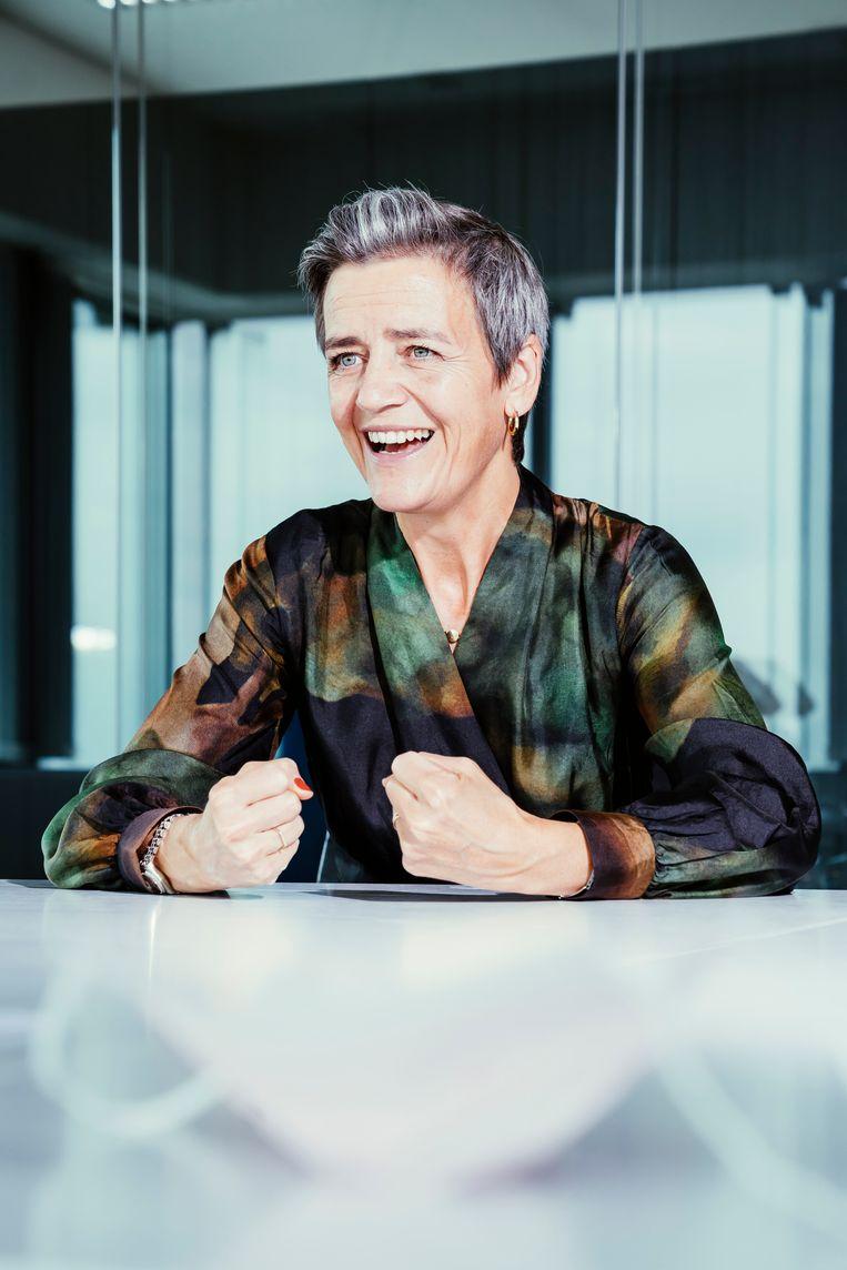 Margrethe Vestager: 'Onze gewone levens komen niet terug. Het zal nooit meer hetzelfde zijn. Sommige zaken zullen verbeteren, sommige zullen verslechteren.' Beeld © Stefaan Temmerman