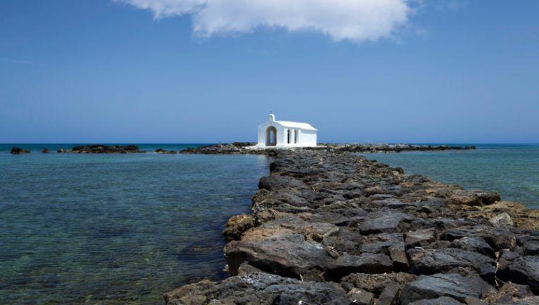 Het strand van Georgioupoli op Kreta.